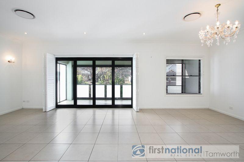 2/3 MacArthur Place, Tamworth NSW 2340, Image 1