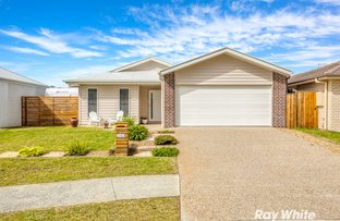 Picture of 105 Lakeside Crescent, Ningi QLD 4511