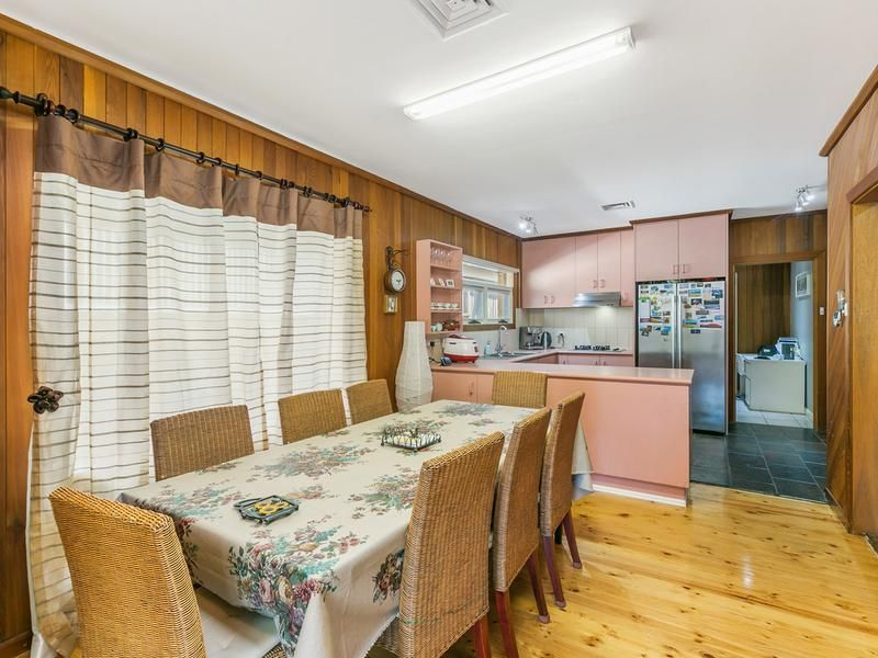 29 Cambridge Avenue, West Beach SA 5024, Image 2