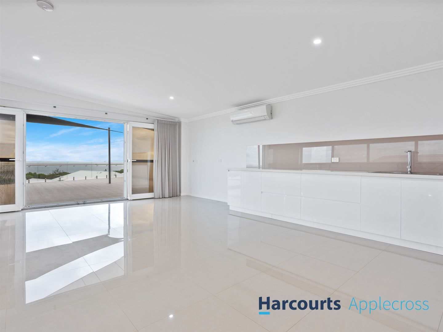 17/19 Perlinte View, North Coogee WA 6163, Image 2
