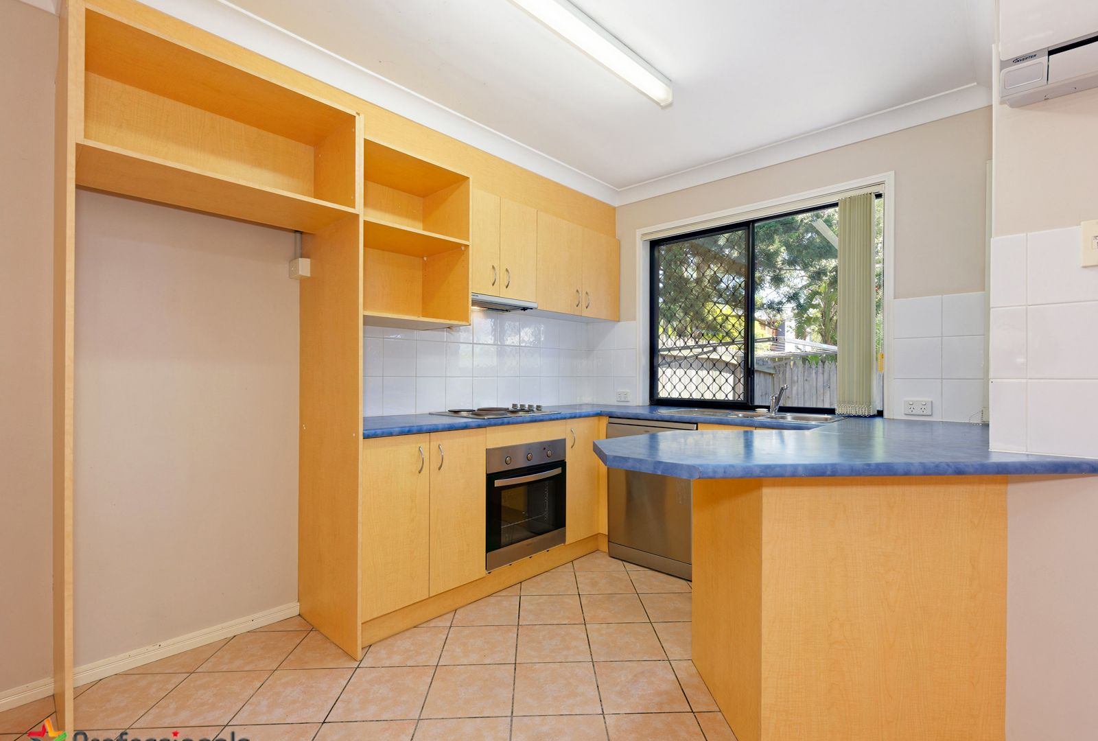 2/17 Grays Road, Gaythorne QLD 4051, Image 2