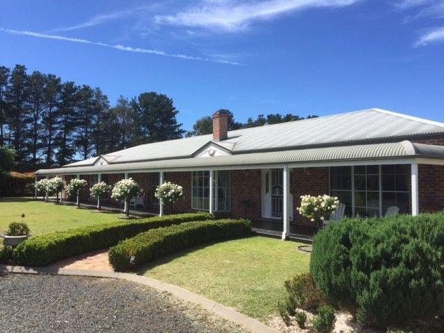 15 Gostwyck Road, Uralla NSW 2358, Image 0