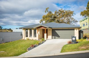 Picture of 11 Millbank Place, Bega NSW 2550