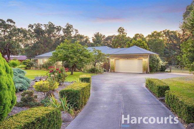 Picture of 15 Cloverlea Drive, KILSYTH SOUTH VIC 3137