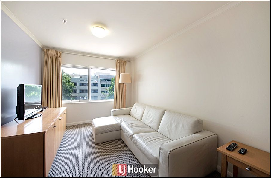 215/2 Akuna Street, City ACT 2601, Image 0