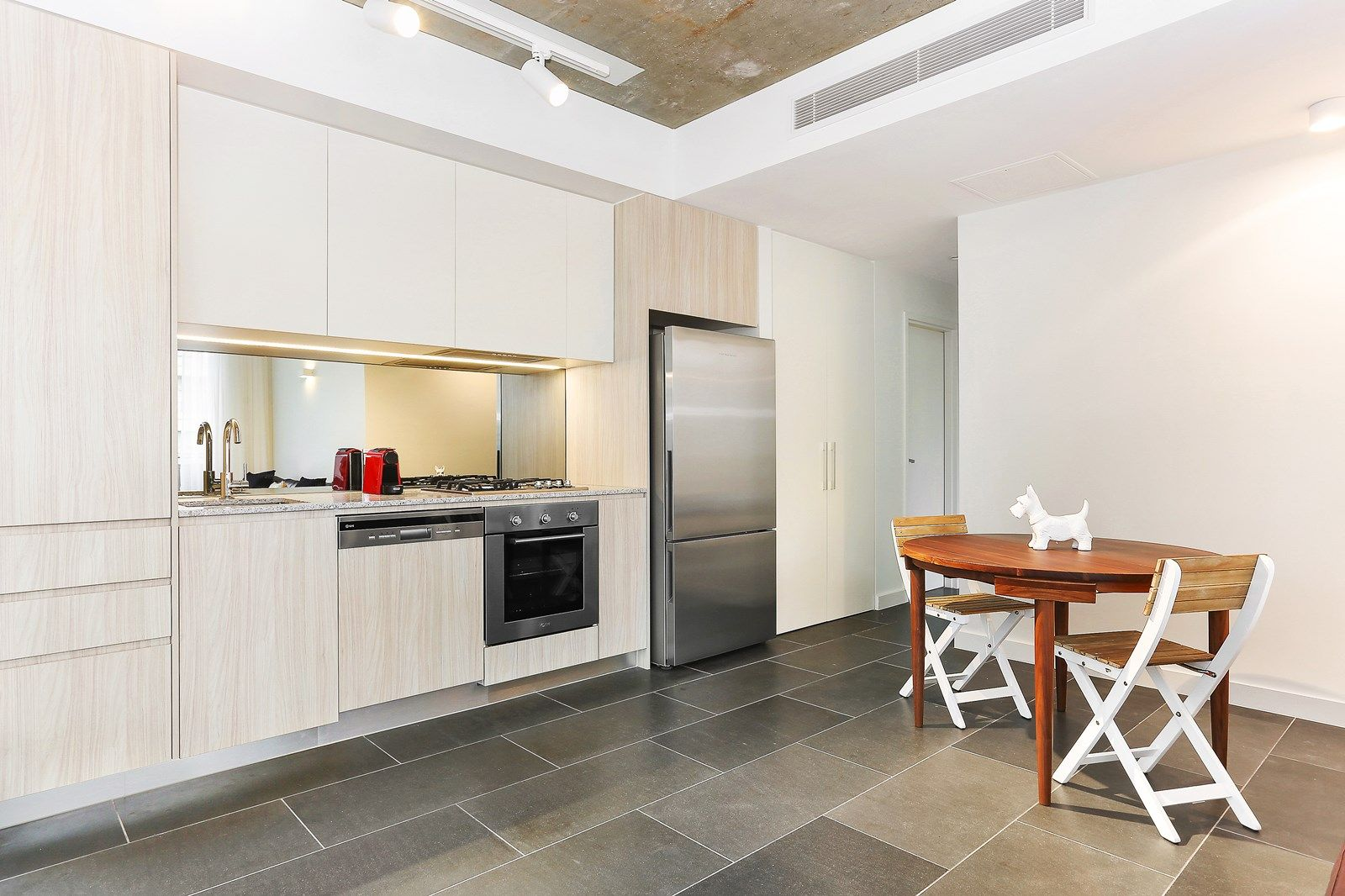 502/20-22 Mary Street, Surry Hills NSW 2010, Image 2