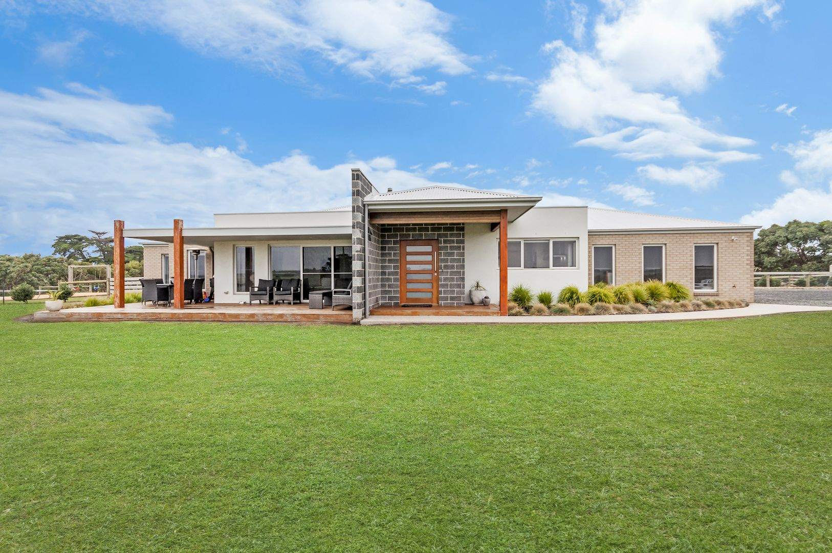 630 Hopkins Point Road, Allansford VIC 3277, Image 1