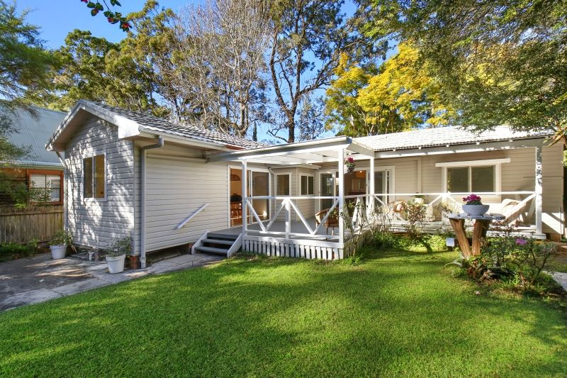 34 Emerald Ave, Pearl Beach NSW 2256, Image 2