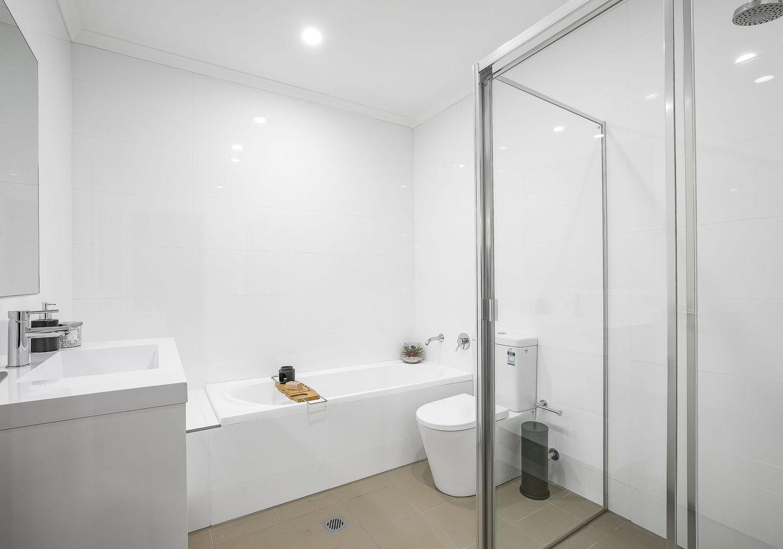 8/26 Tyler Street, Campbelltown NSW 2560, Image 2