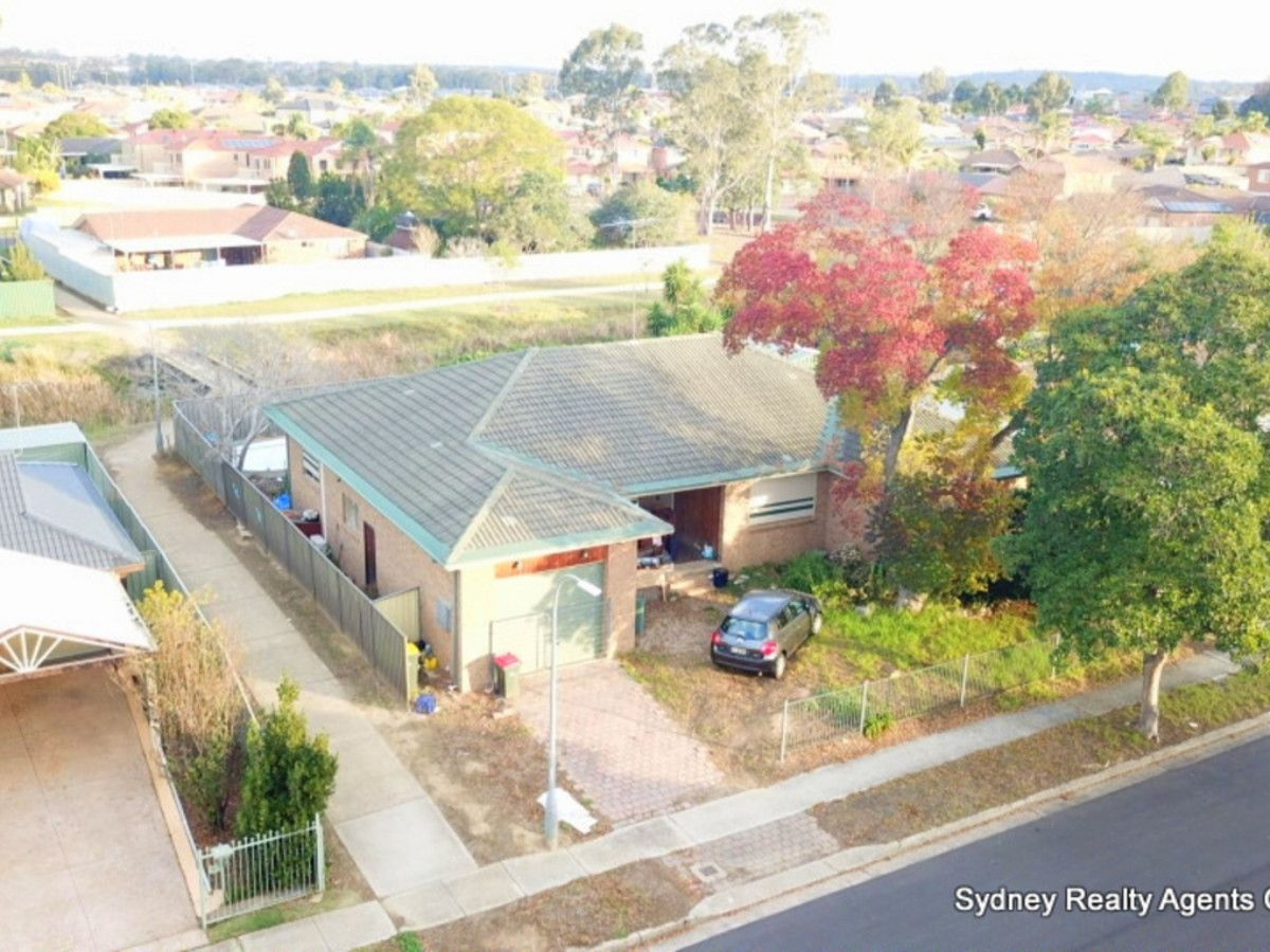 18 Dorrigo Avenue, Hoxton Park NSW 2171, Image 2