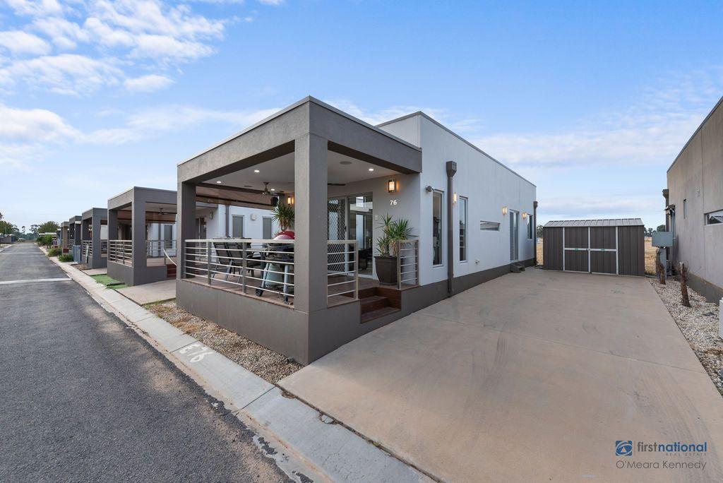 E76/18 Sun Country Holiday Park - Tocumwal Road, Mulwala NSW 2647, Image 0