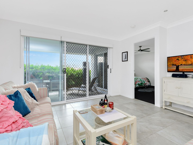 11 Bowerbird Street, Deebing Heights QLD 4306, Image 1