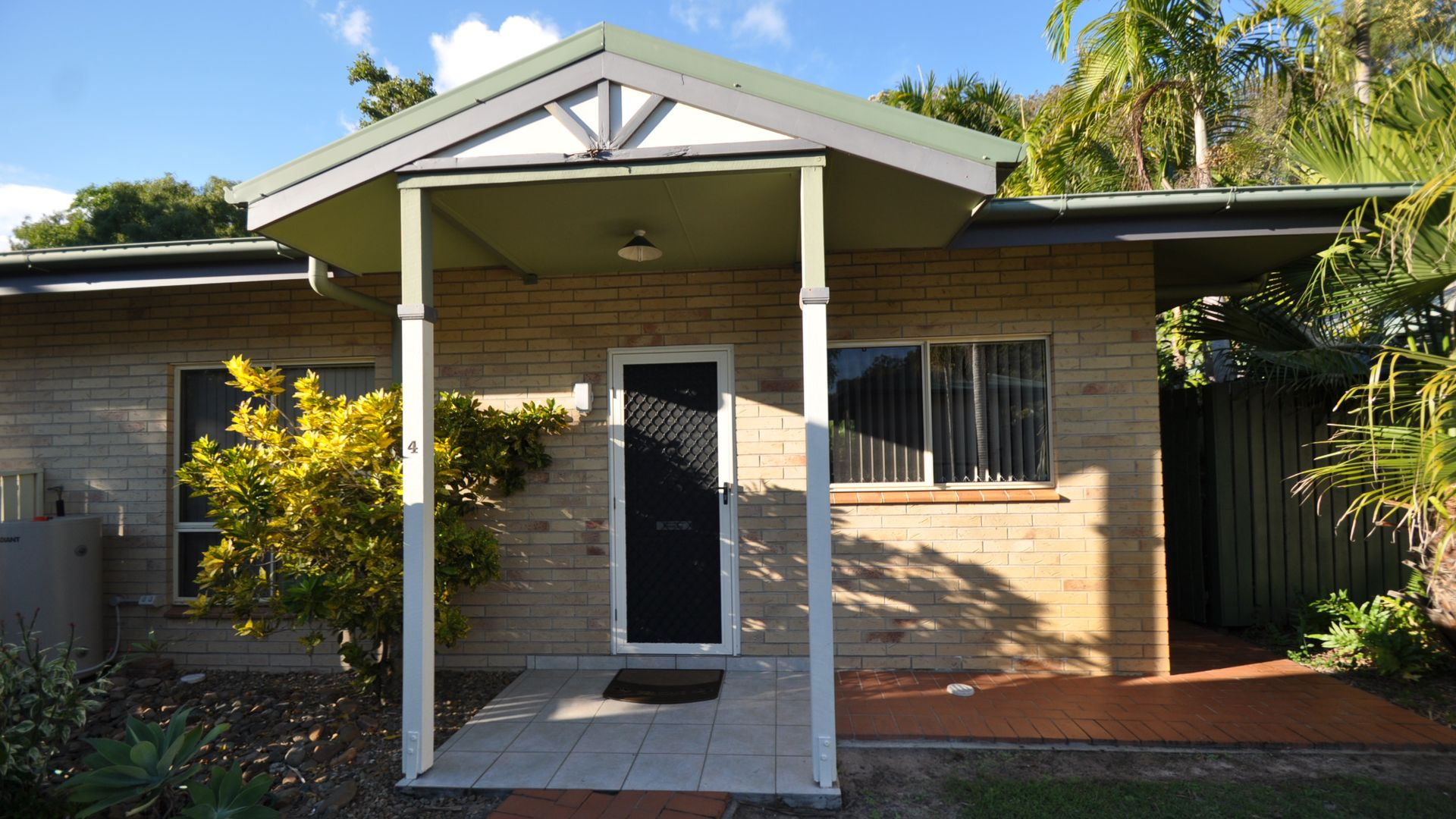 4/52 Captain Cook Drive, Agnes Water QLD 4677, Image 1