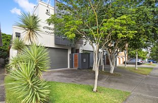 Picture of 1/61 Paradise Island Drive, Surfers Paradise QLD 4217