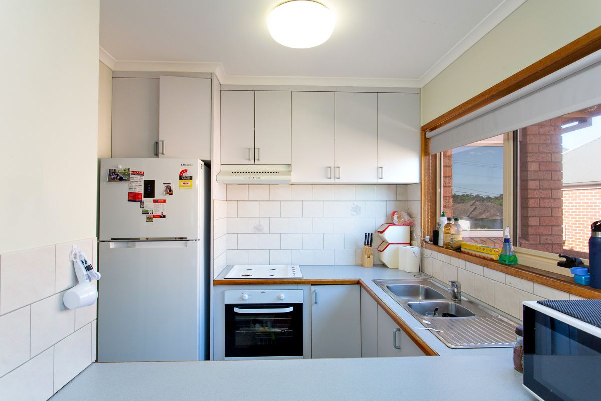 1/111 Howitt Street, Soldiers Hill VIC 3350, Image 1