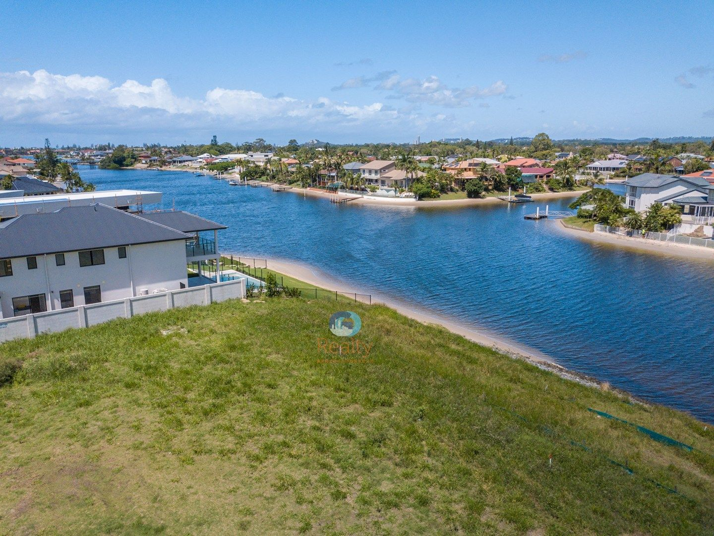 66 Lakeview Boulevard, Mermaid Waters QLD 4218, Image 0