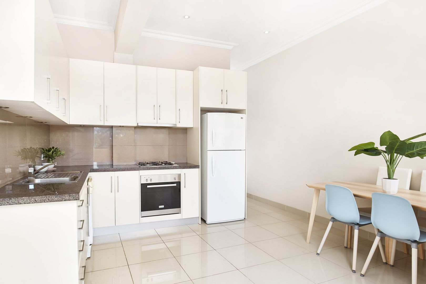 1/6 Shaw Street, North Bondi NSW 2026, Image 2