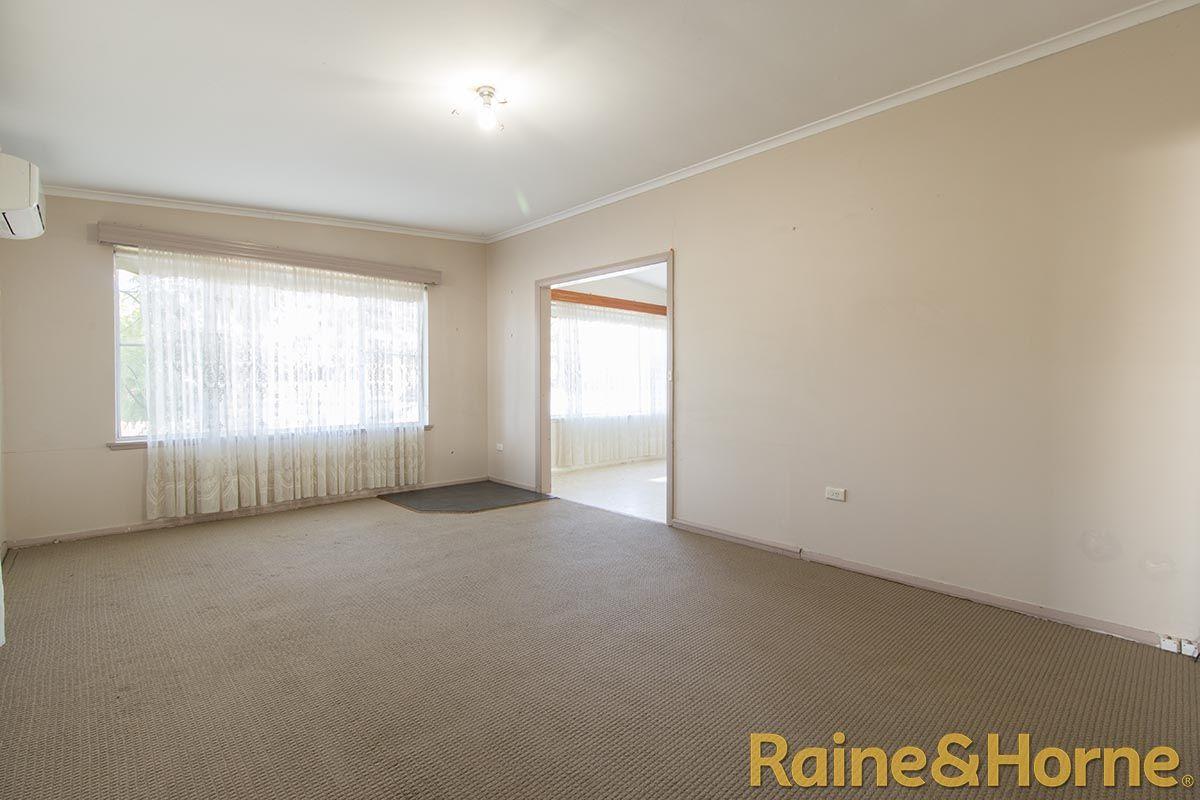 19 Minore Road, Dubbo NSW 2830, Image 2