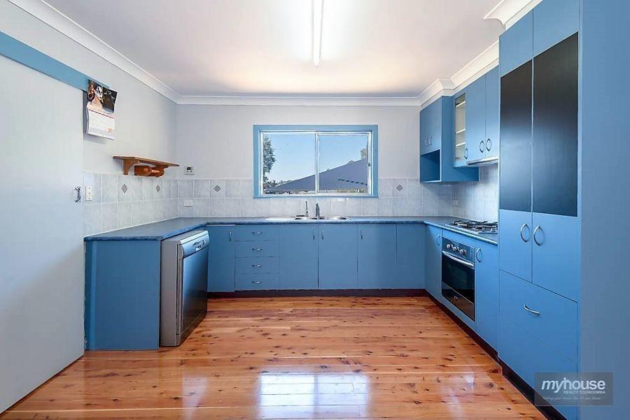 10b Esmond Street, Rockville QLD 4350, Image 1
