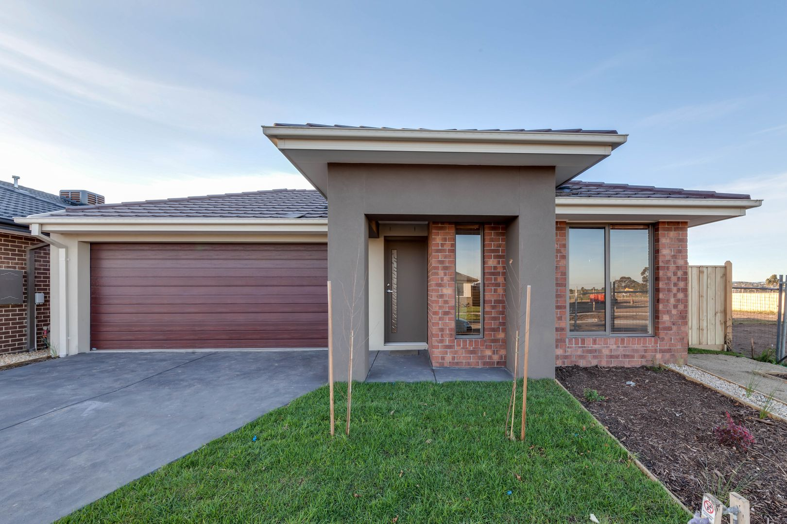 35 Fenway Boulevard, Clyde North VIC 3978, Image 0
