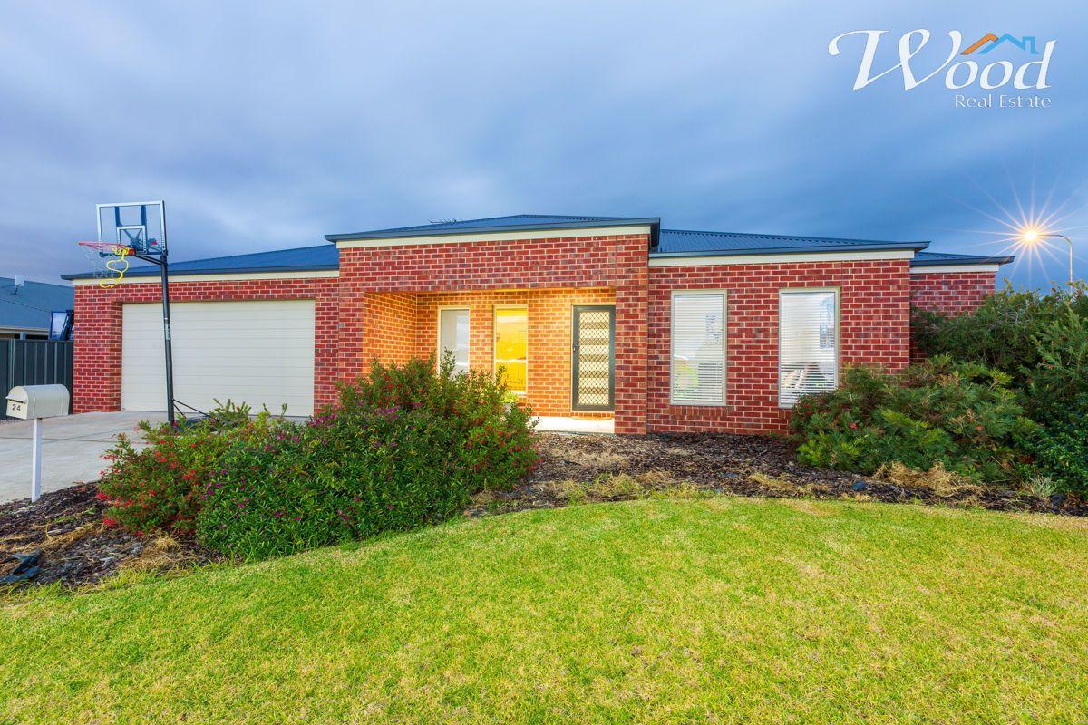 24 Gabrielle Crt, Lavington NSW 2641, Image 0