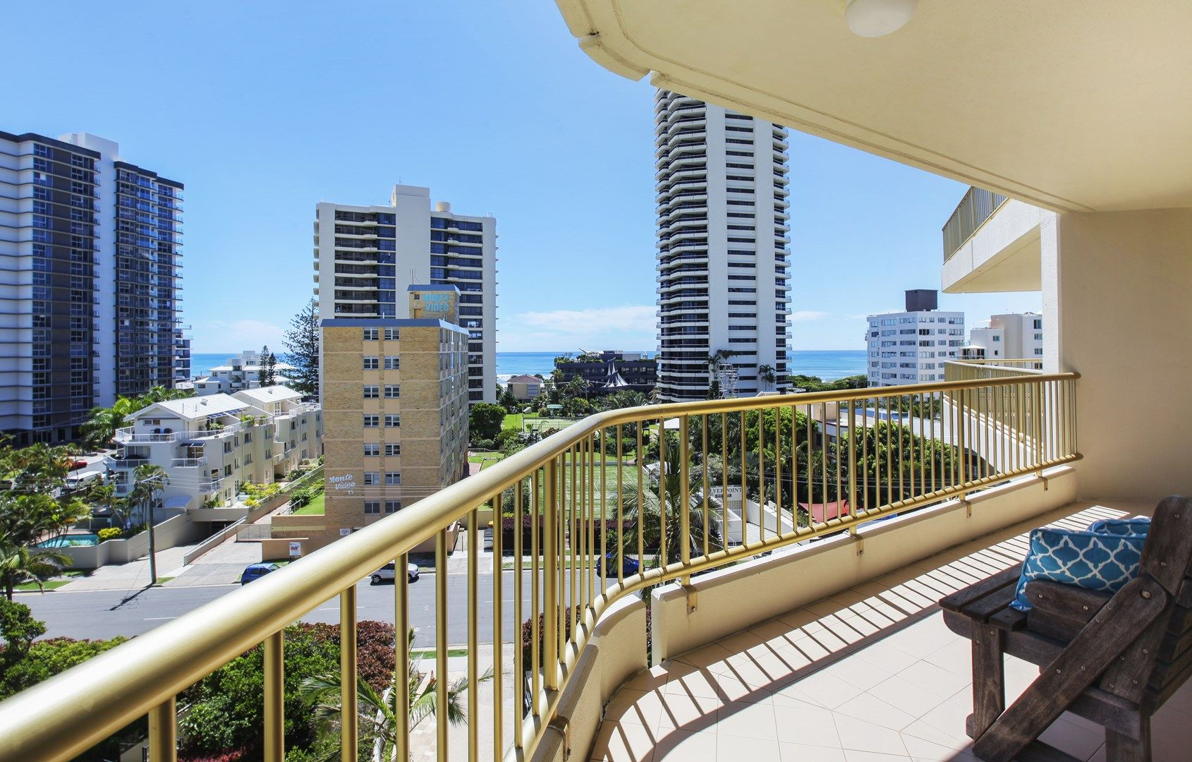 73/1 Serisier Avenue, Main Beach QLD 4217, Image 2