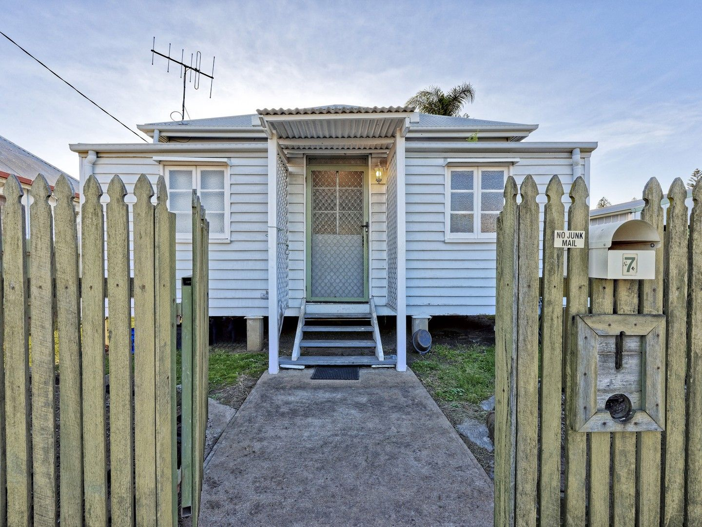 7 Kent Street, Bundaberg East QLD 4670, Image 0