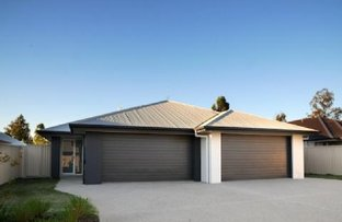 Picture of 2/53 Acacia Drive, Miles QLD 4415