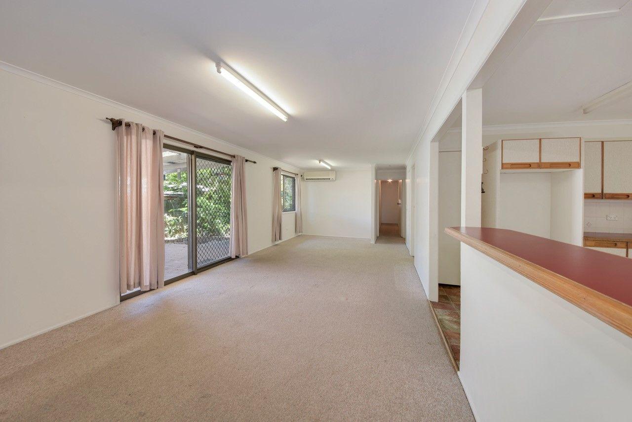 14 Yoomba Crescent, Alexandra Headland QLD 4572, Image 2