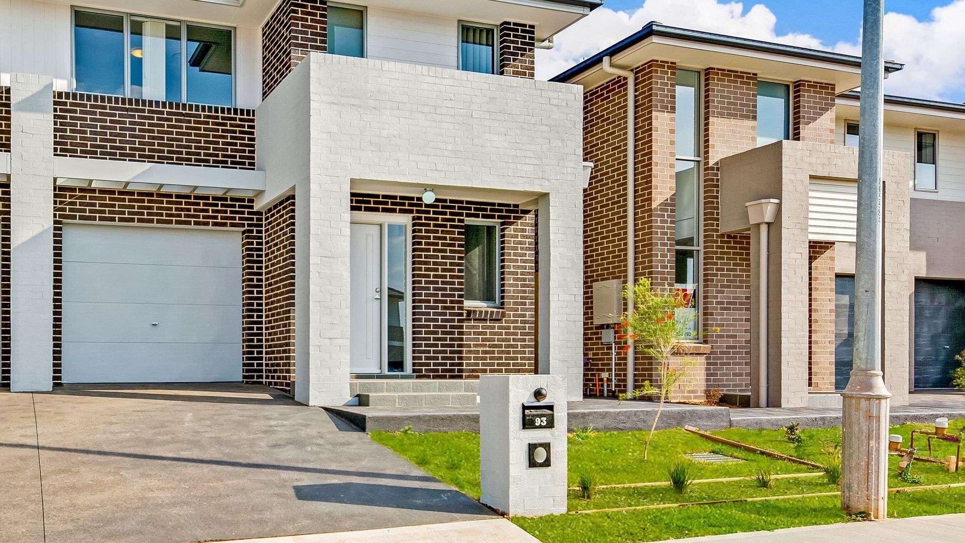 91 Ingleburn Gardens. Drive, Bardia NSW 2565, Image 1