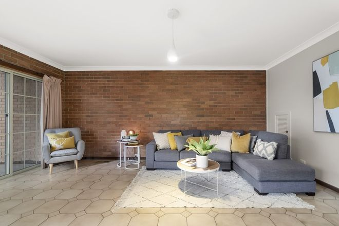 Picture of 3/219-223 Mahoneys Road, FOREST HILL VIC 3131