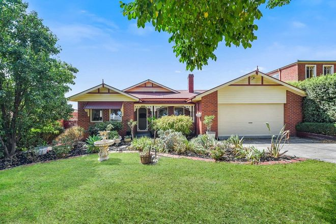 Picture of 12 St Johns Wood Terrace, BERWICK VIC 3806
