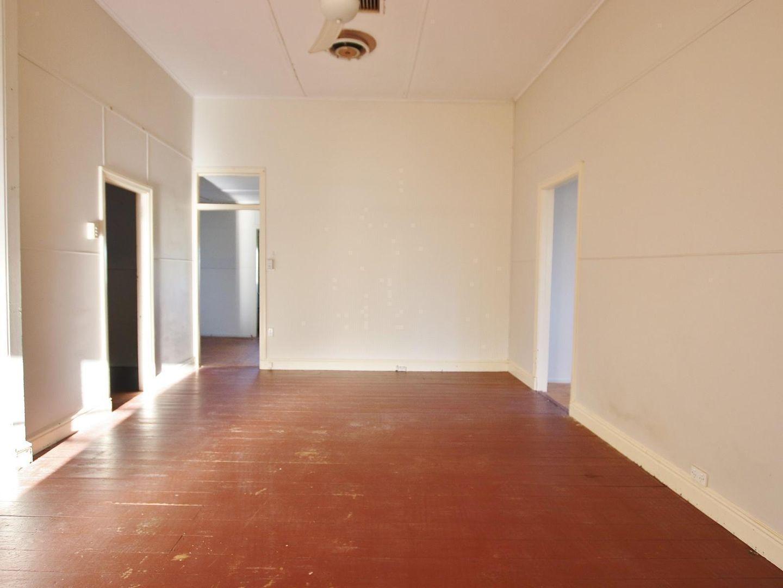 12 Wilkinson Street, Wandal QLD 4700, Image 2