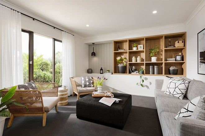 Picture of 10 Wiltshire Blvd, THORNHILL PARK VIC 3335