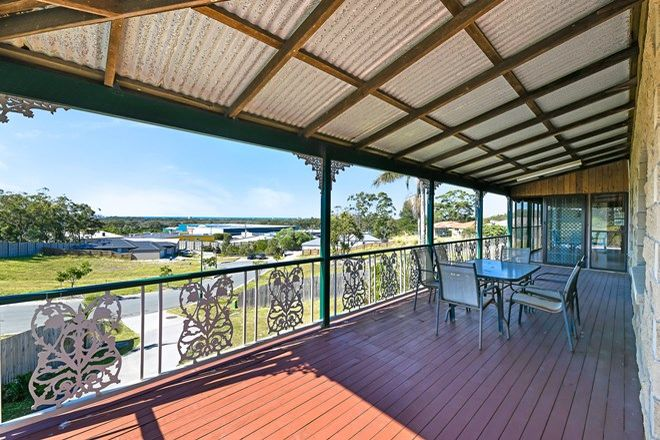 Picture of 10 Sea Breeze Place, LITTLE MOUNTAIN QLD 4551