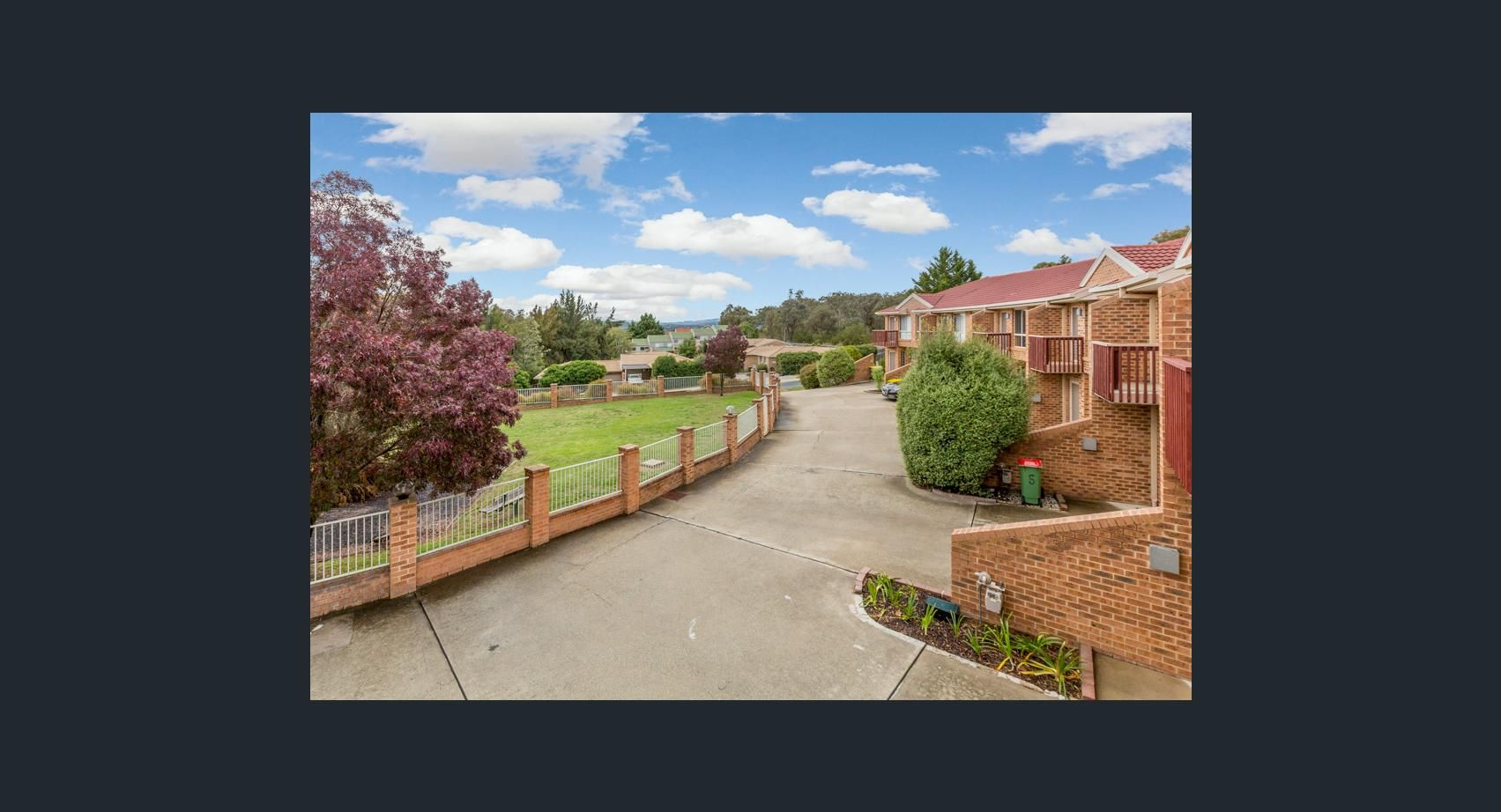 7/3 Winchester Place, Queanbeyan NSW 2620, Image 2