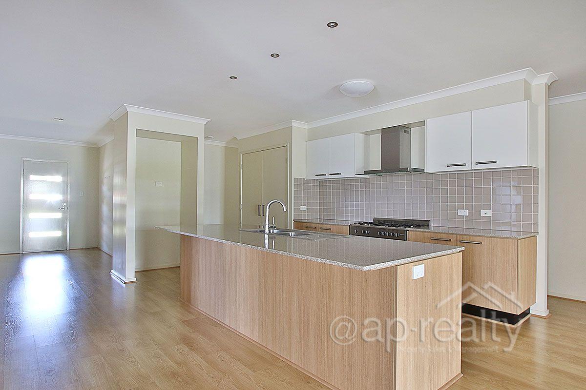 26 Aspen Street, Heathwood QLD 4110, Image 1