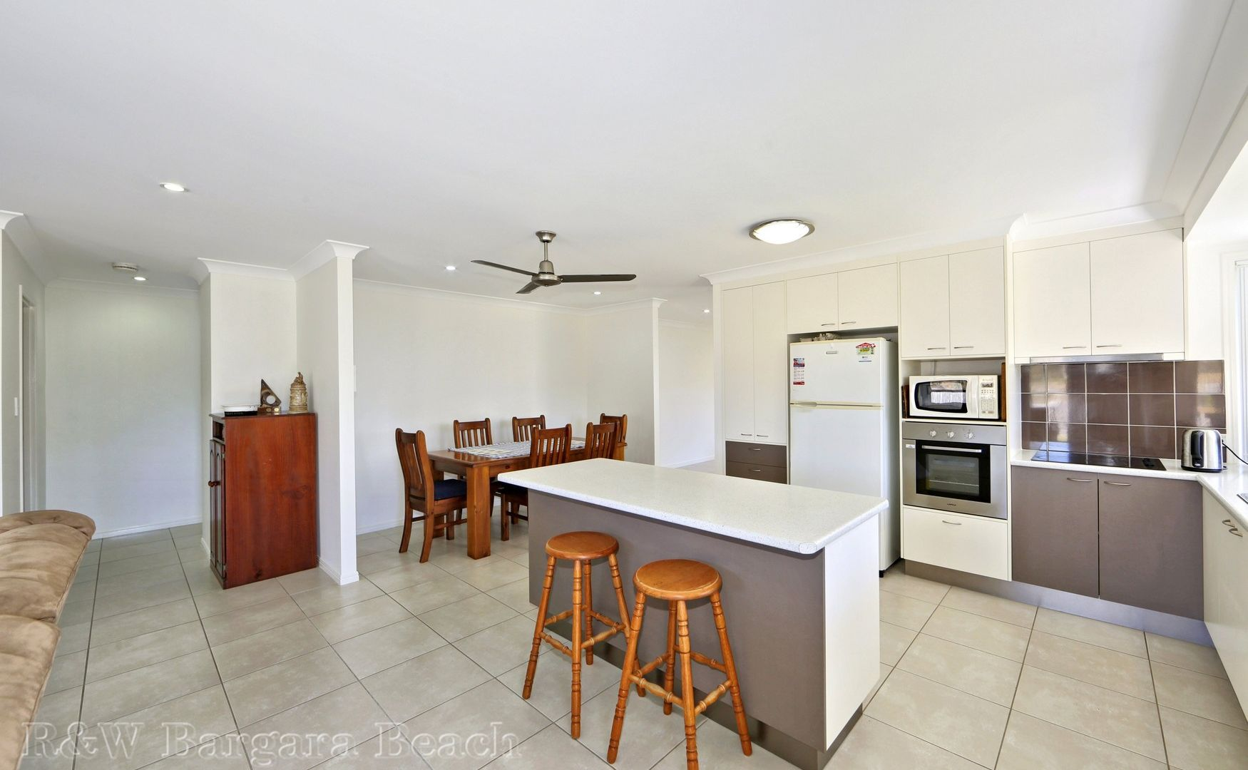 4 Angie Circuit, Innes Park QLD 4670, Image 2