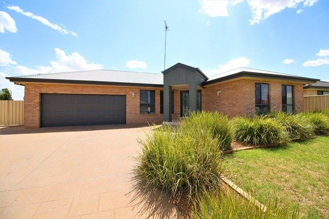 Picture of 27 GILLMARTIN DRIVE, GRIFFITH NSW 2680
