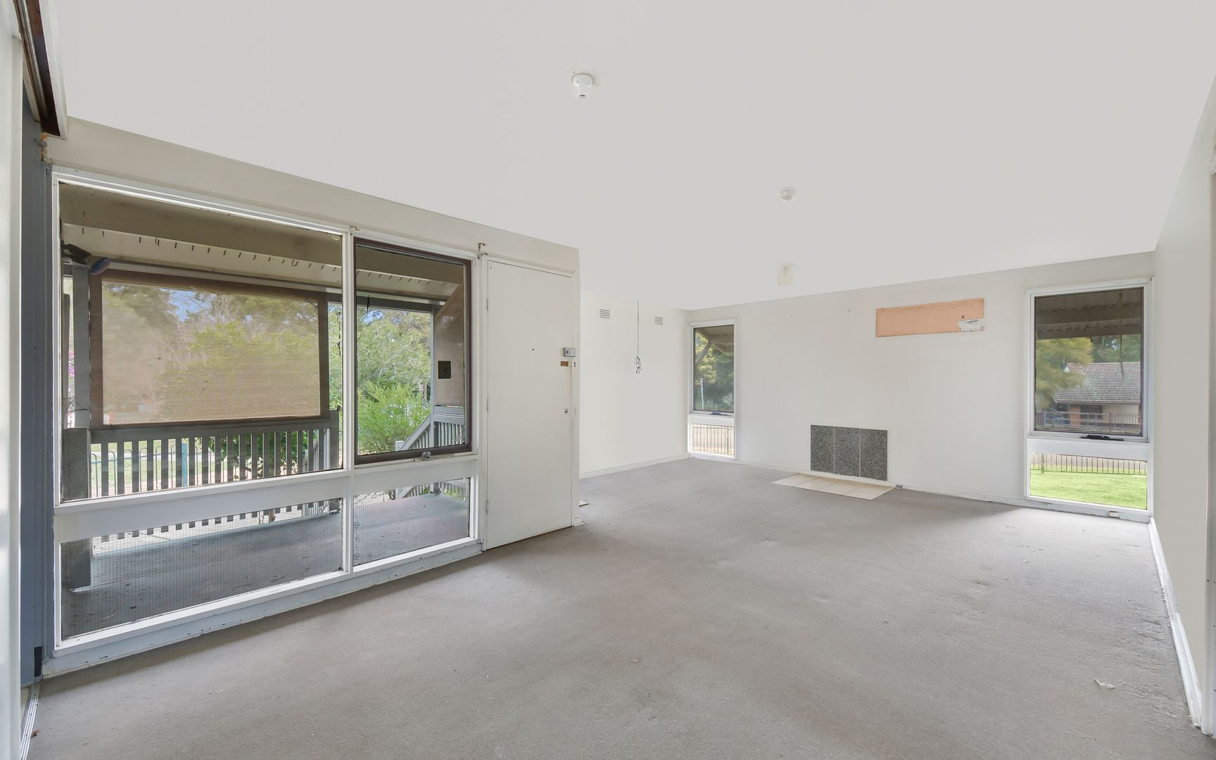 8 Moonbria Place, Airds NSW 2560, Image 1