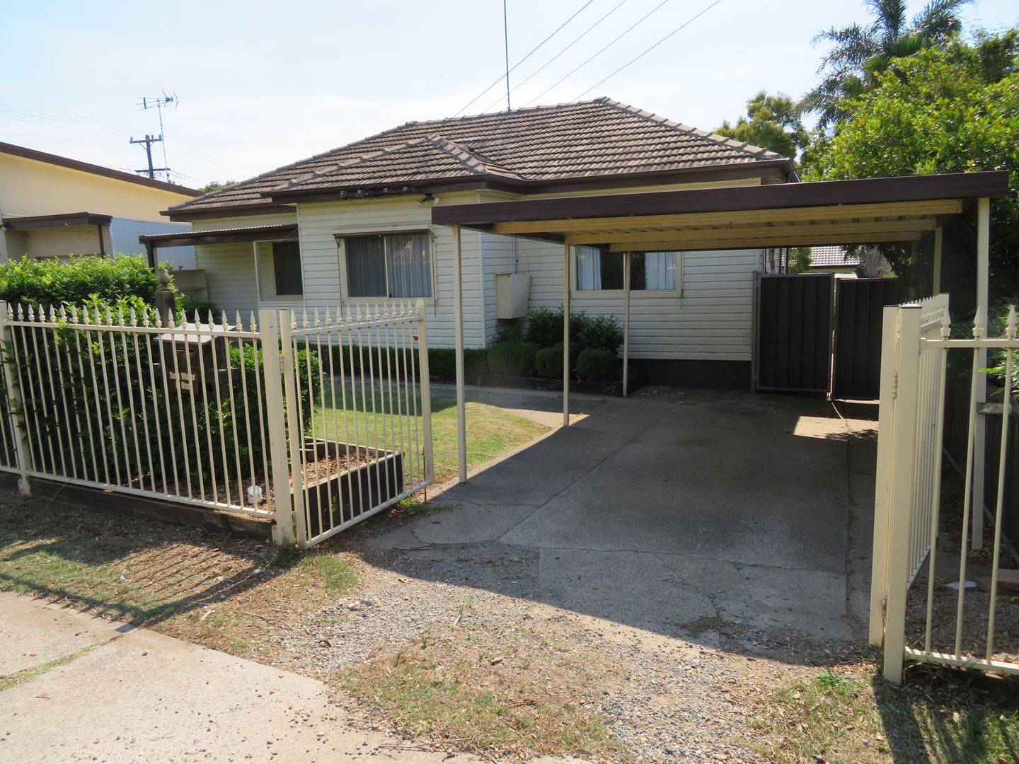 42 Charles St, Blacktown NSW 2148, Image 0