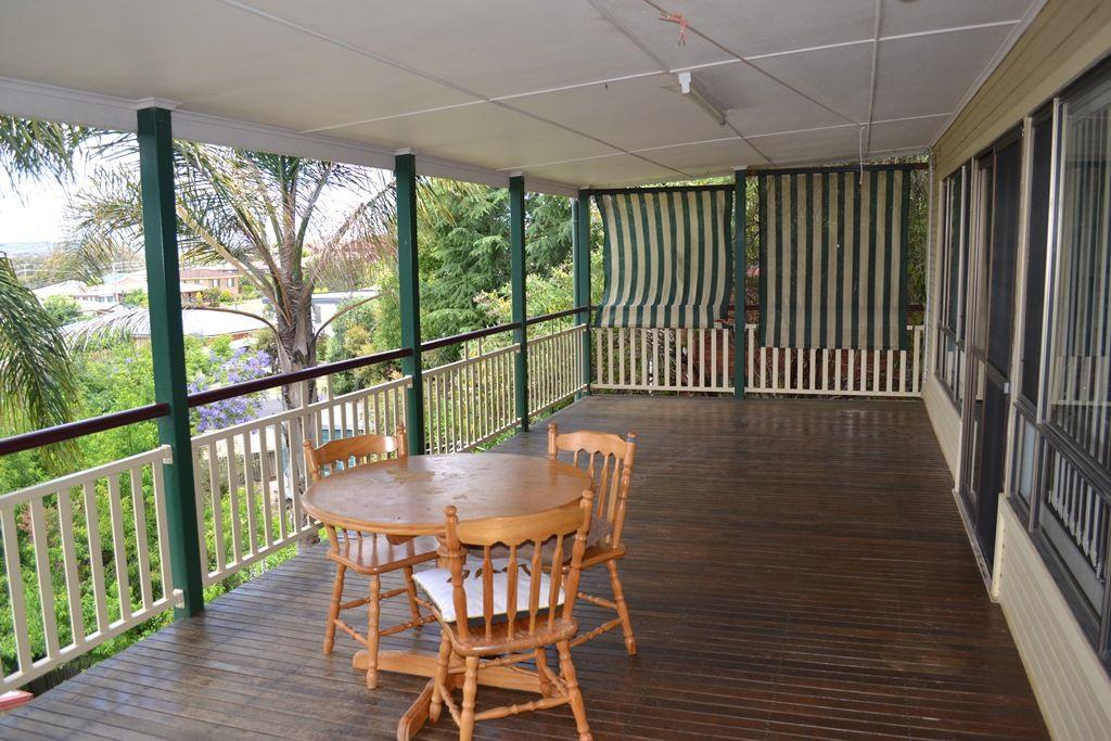 28 Lewin Street, Inverell NSW 2360, Image 2