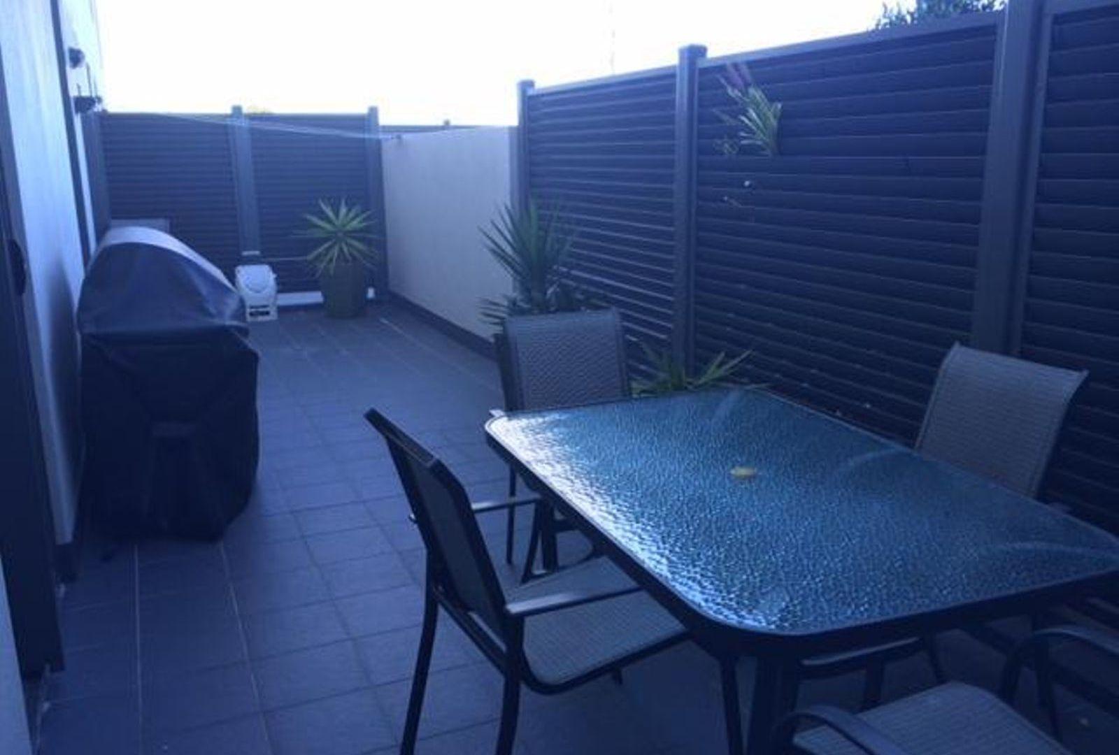 E404/18 Smart Street, Charlestown NSW 2290, Image 2