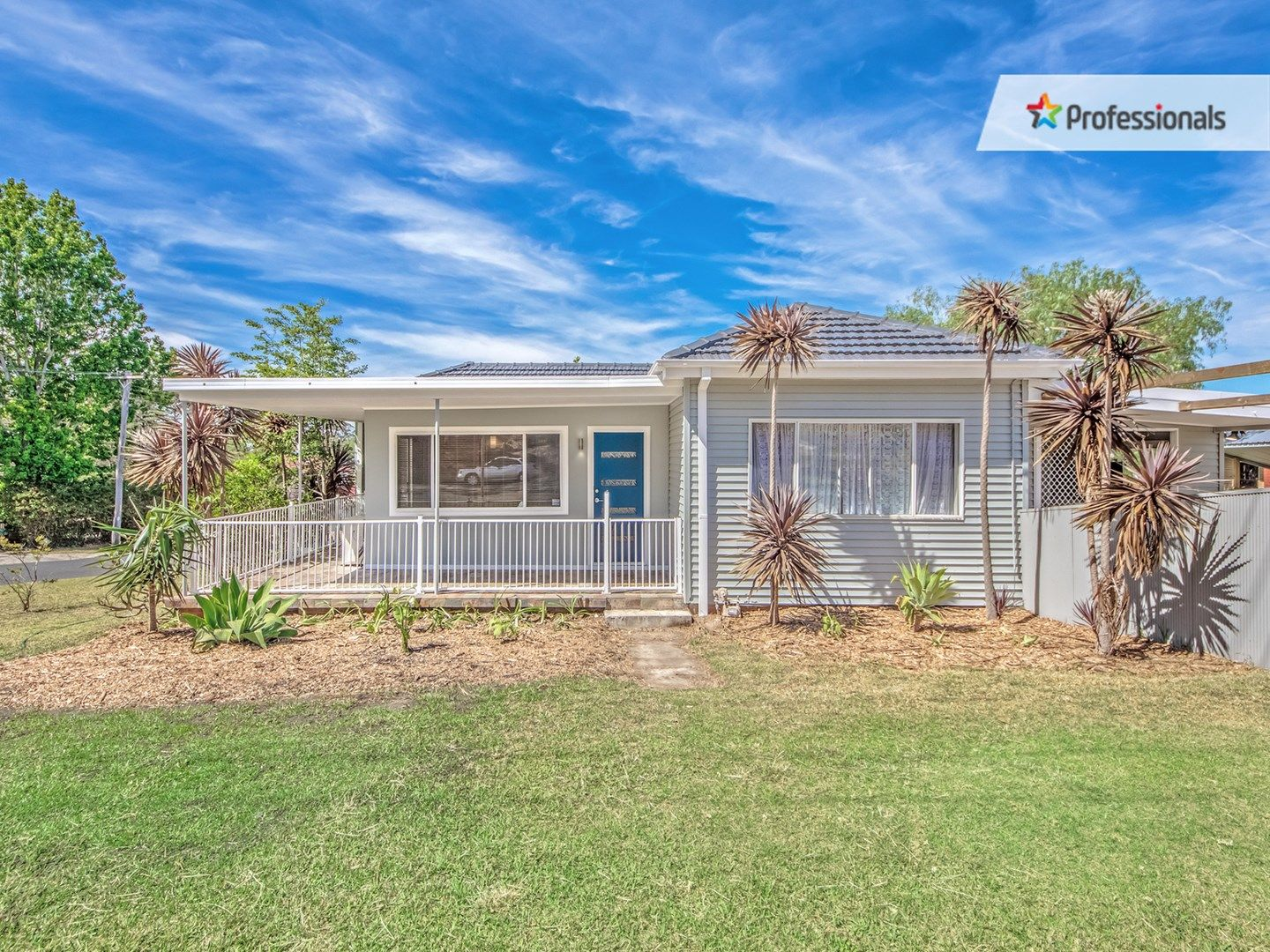 2 Mary Avenue, Figtree NSW 2525, Image 0