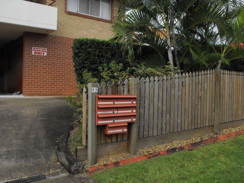 6/11 Burlington Street, Holland Park QLD 4121, Image 1