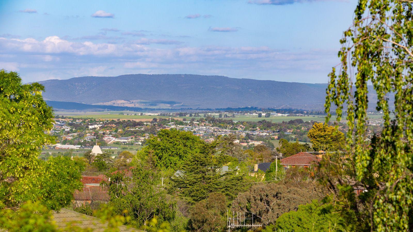 5 GREEN STREET, West Bathurst NSW 2795, Image 1