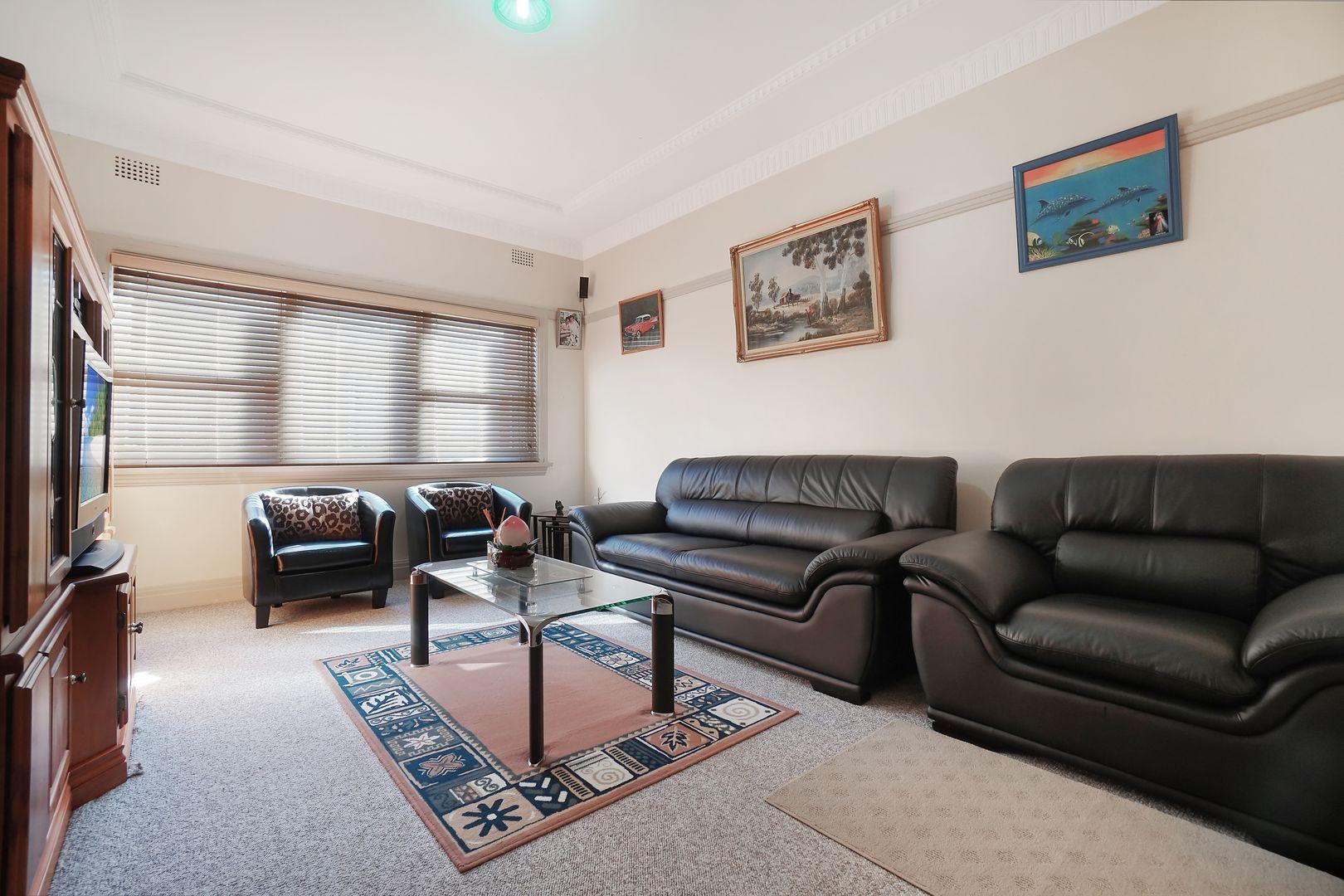 12 Nicholas Avenue, Campsie NSW 2194, Image 1