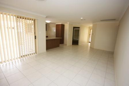 60 Edward Street, Dalby QLD 4405, Image 2