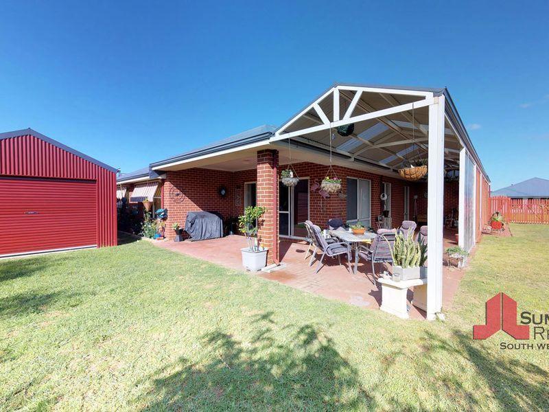 21 Kelston Way, Australind WA 6233, Image 2