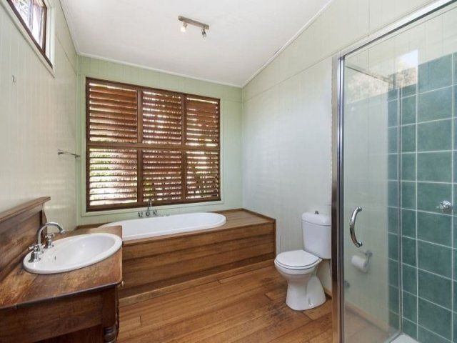 26 Plant Street, West End QLD 4810, Image 1